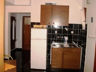 APARTMENTS AND ROOMS ZDENKO - 60081-A4 - Njivice vacation rentals