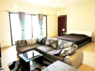 15 Spacious  studio near the beach in JBR, Rimal 4 - Dubai vacation rentals
