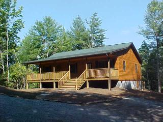 Private Cabin Close To Dupont, Hiking and Biking, Brevard