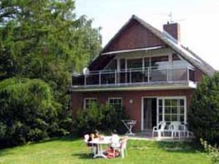 LLAG Luxury Vacation Home in Groemitz - 2153 sqft, natural, quiet, central (# 4101), Gromitz