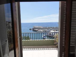 Wonderful Apartment in front of the sea, Acireale