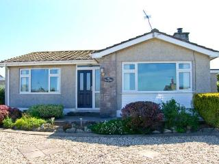 BRYN EITHIN, close to the coast, all ground floor, table football, in Benllech, Ref. 26122