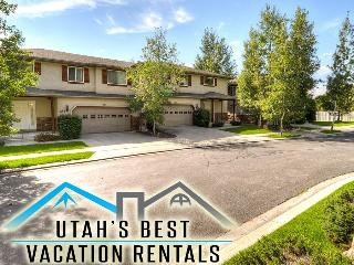 Sleep 37! Cottonwoods Ski Village (3 homes), Salt Lake City