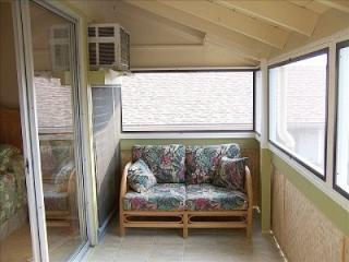 Ocean Front Property  ( 1 ) bedroom  ... Special From  $79.00 nightly, Kailua-Kona