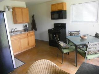 $56 a day for a week stay,  Garden View Studio,full Kitchen,Summer$$$$ (Kehena, Seaview, Pahoa, Big Island)