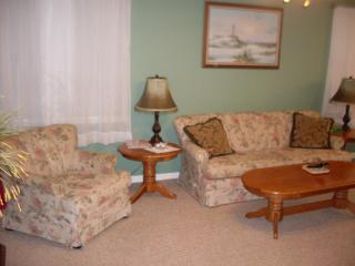 Vacation Condo at Venetian Palms 1607, Fort Myers