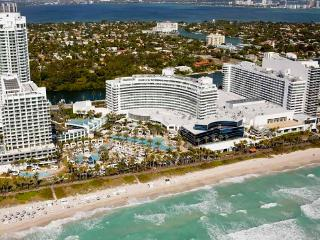July 2 - July 20 Special! Suite w/Private Balcony, Miami Beach