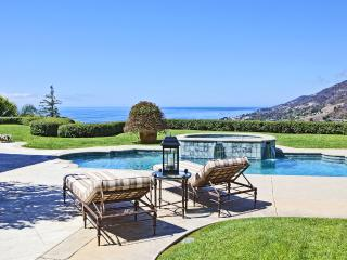 Private Paradise A Truly Beautiful Tuscan-Inspired Estate With Panoramic Ocean, Malibu