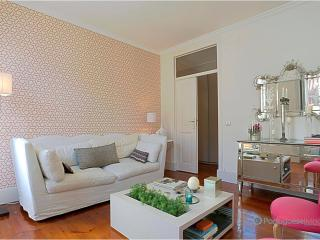 Lisbon Apartment Alegria Romantic - Lisbon vacation rentals