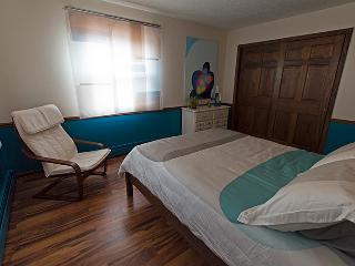 LaRose Wellness Retreat-Kymi Room, Baraga