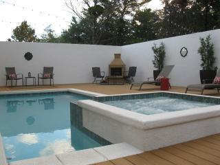 Top 10 Reasons... (Like Private Heated Pool/Spa) - Blue Mountain Beach vacation rentals