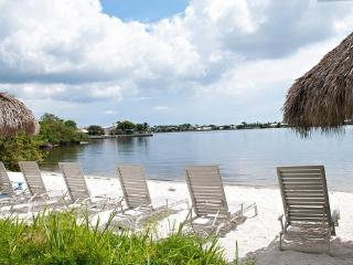 Boynton Beach  Waterfront Condo Community - World vacation rentals