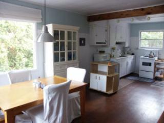 Gorgeous Sauble Beach Cottage for Rent