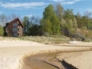 Exquisite Home on the Shores of Lake Michigan, Manistee