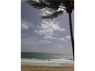 Direct Oceanfront Studio....Spectacular Ocean Views, Lauderdale by the Sea