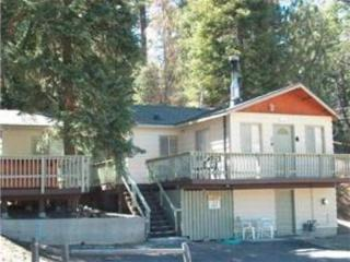 Moonridge Cabin near Bear Mtn! $169/night! Jacuzzi, Big Bear Region