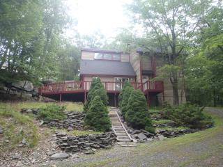 Beautiful Pocono Vacation Home, Bushkill