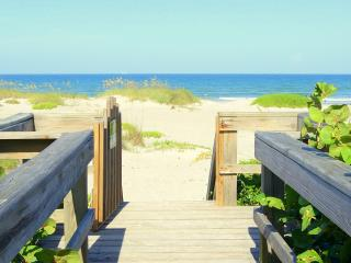 Beachfront Condo - Best Price, Panoramic View, Cocoa Beach