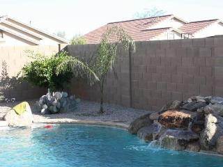 JULY AUG SPECIAL 3 BED HOUSE PRIVATE POOL, Queen Creek