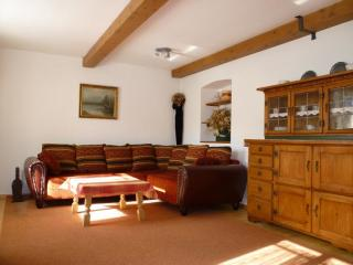 Vacation Apartment in Oberammergau - 818 sqft, for familys, central and quiet with backyard and playground…