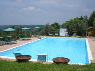 Family-Friendly Villa with Charm and Comfort in the Chianti Region - Casale Lucia 8 - Tavarnelle Val di Pesa vacation rentals