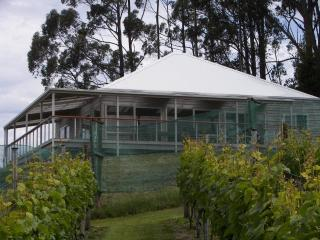 Resolution Vineyard House, Middleton