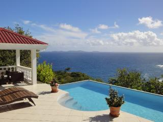 Whispers Villa - Luxury, with stunning sea views, Bequia