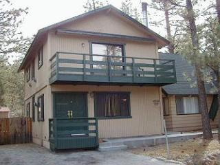 Bear Pad,3BR,Slps 10,Sunken Jacuzzi, Level Parking, Big Bear Region