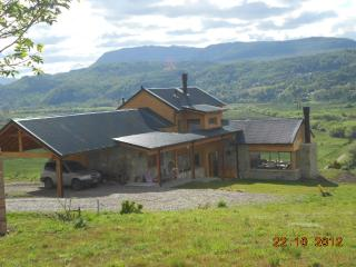 Amazing view , comfortable house, in the outskirts of San Martín de los Andes Patagonia Argentina, San Martin de los Andes