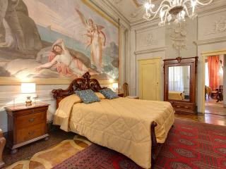 Unique Vacation Apartment in Florence