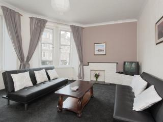 Easter Road City Apartment - Edinburgh vacation rentals