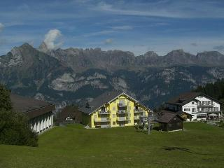 Lodging in the most beautiful ski and hiking area!, Flumserberg Tannenheim