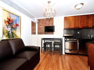 Modern 3 Bed Downtown Condo, New York City