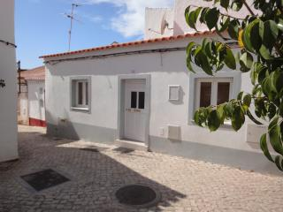 Algarve Cottage in Medeival town center - Silves vacation rentals