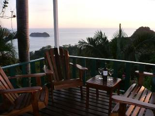 Panoramic Ocean Views, Walk to Beach, Manuel Antonio National Park