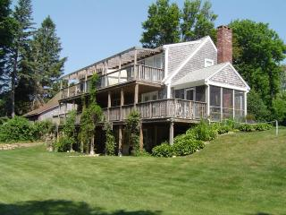 Beautiful B&B Rooms at a Budget Price, Brewster