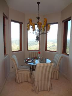 Enjoy the views of the rolling hills and the Sierra Nevada Mountians in your cozy breakfast nook.