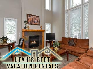 Ski Home Near Big Cottonwood Canyon+Hot Tub+Space!, Salt Lake City