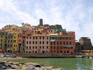 Campanin - modern, stylish apartment with amazing, Vernazza