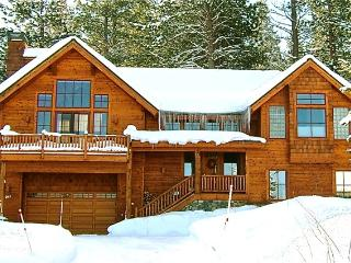 Northstar Home with 2 FREE Ski Passes Per Day, Truckee