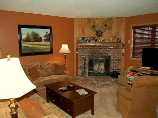 Kettle Brook 2 Bedroom Ski In/Out, Ludlow