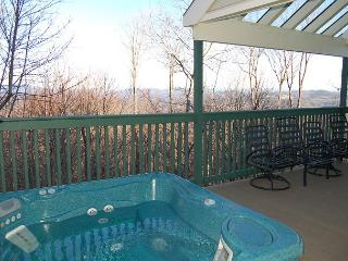Trailside 4 Bedroom with Hot Tub, Ludlow