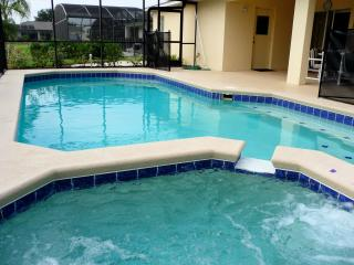Luxury 4 Bedroom Villa with disabled facilities, Davenport