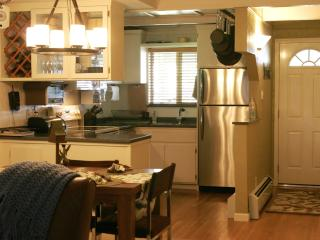 Tahoe - Wonderful, Comfortable, Cozy, Clean Condo, Incline Village