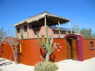 Cabo Pulmo ~ Casa Cactus ~ Up or Downstairs Suites