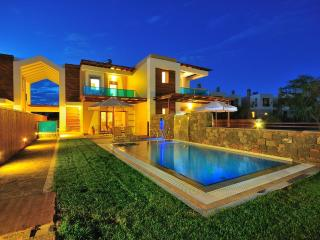 Horizon Line Villas - Luxury Villa - Private Pool, Rodas