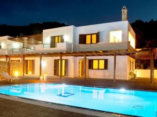 Lindos Villa beachfront with private pool, Rhodes