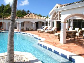 Villa Alizes SPECIAL OFFER: St. Martin Villa 352 Conveniently Located In Terres Basses, Just Minutes To The Islands Best Beaches, Shopping, Restaurants And Nightlife.