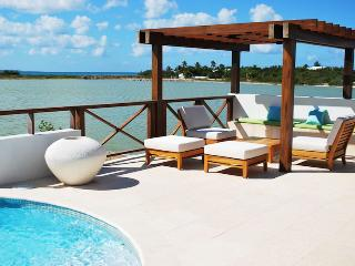 Villa Songbird SPECIAL OFFER: Anguilla Villa 53 Combines The Best Of The Natural Tranquility Of The Beach, With Luxury.