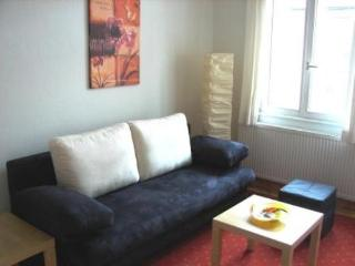 Vacation Apartment in Erlangen - 592 sqft, modern, central, cozy (# 4320)
